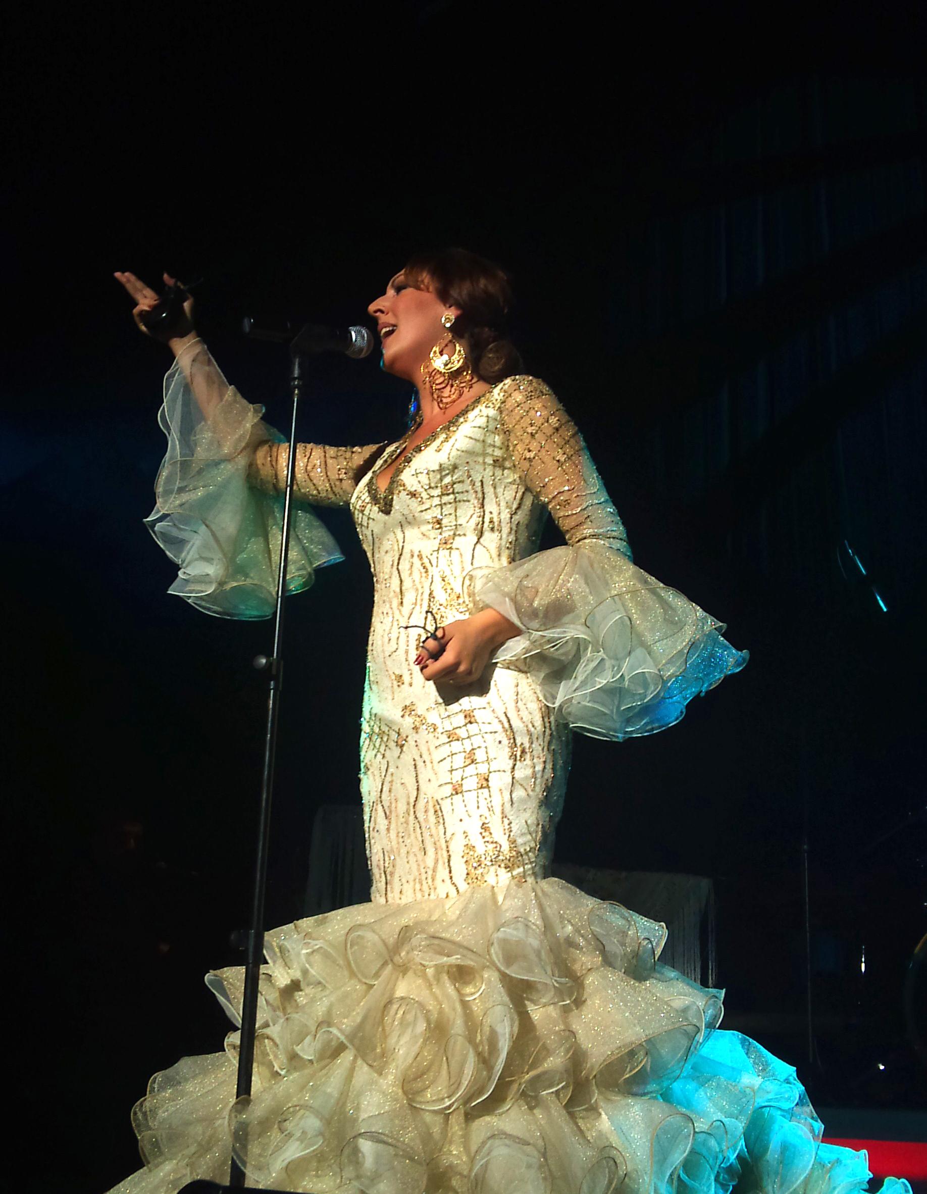 Sandra Cabrera en Sala Joaquin Turina (Sevilla).