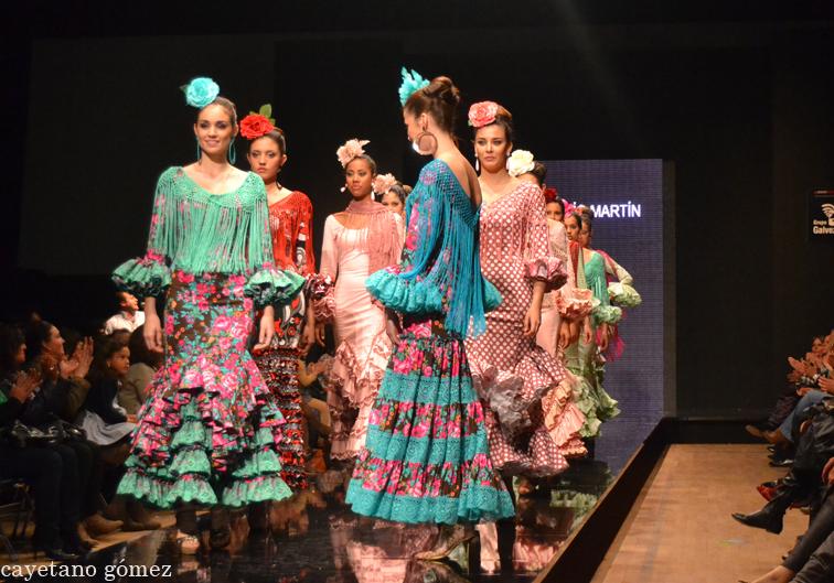 """Pasarela Flamenca 2012: Rocío Martín """"Degitana"""""""