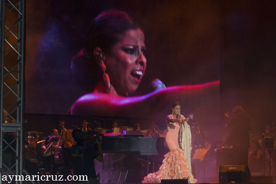 """Pastora Soler cantando """"Triniá"""" en el musical Azabache"""