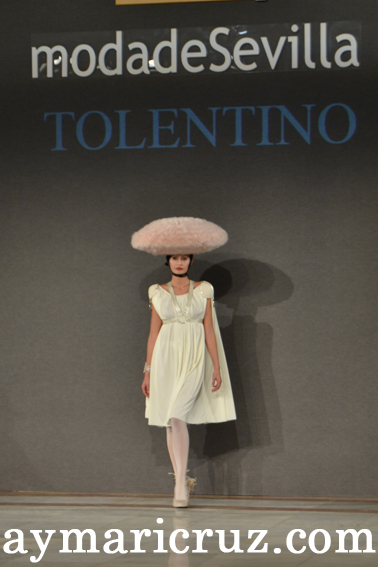"""Moda de Sevilla 2012: Tolentino """"Entrevista con Caronte"""""""