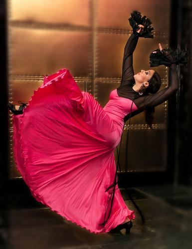 Diseño y baile flamenco con Rosalía Zahíno