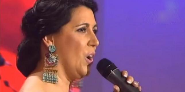 Lola Vega Gala 1