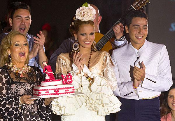 Lo que no debe pasar en un desfile de flamenca