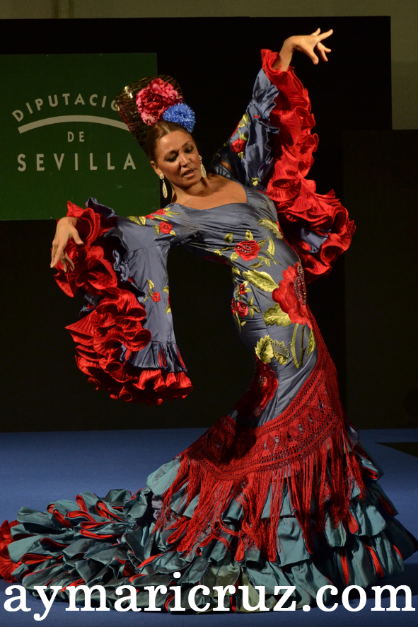 Moda Flamenca Muestra de la Provincia de Sevilla 2014 (34)