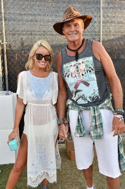 El boho chic en Coachella es como los canasteros en la Feria: recurrente hasta decir basta. De David Hasselhoff mejor no hablemos...