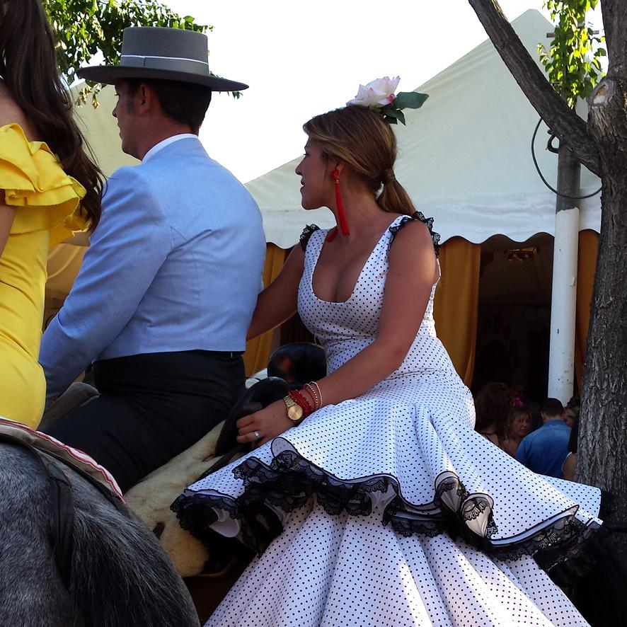 Flamencas en la Feria de Granada 2015