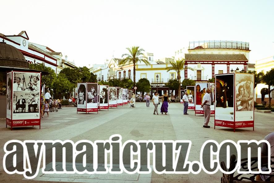La Plaza de España de Lebrija llena de imágenes de la Caracolá.