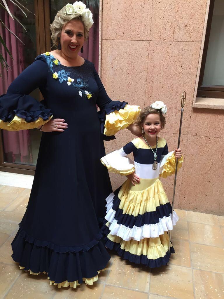 Flamencas en Feria 28 de mayo Cruces Bonares Manoli