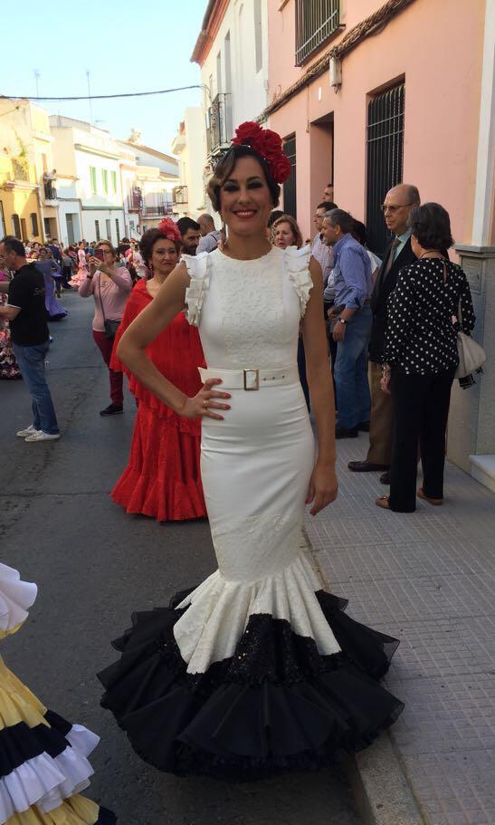 Flamencas en Feria 28 de mayo Cruces Bonares María José