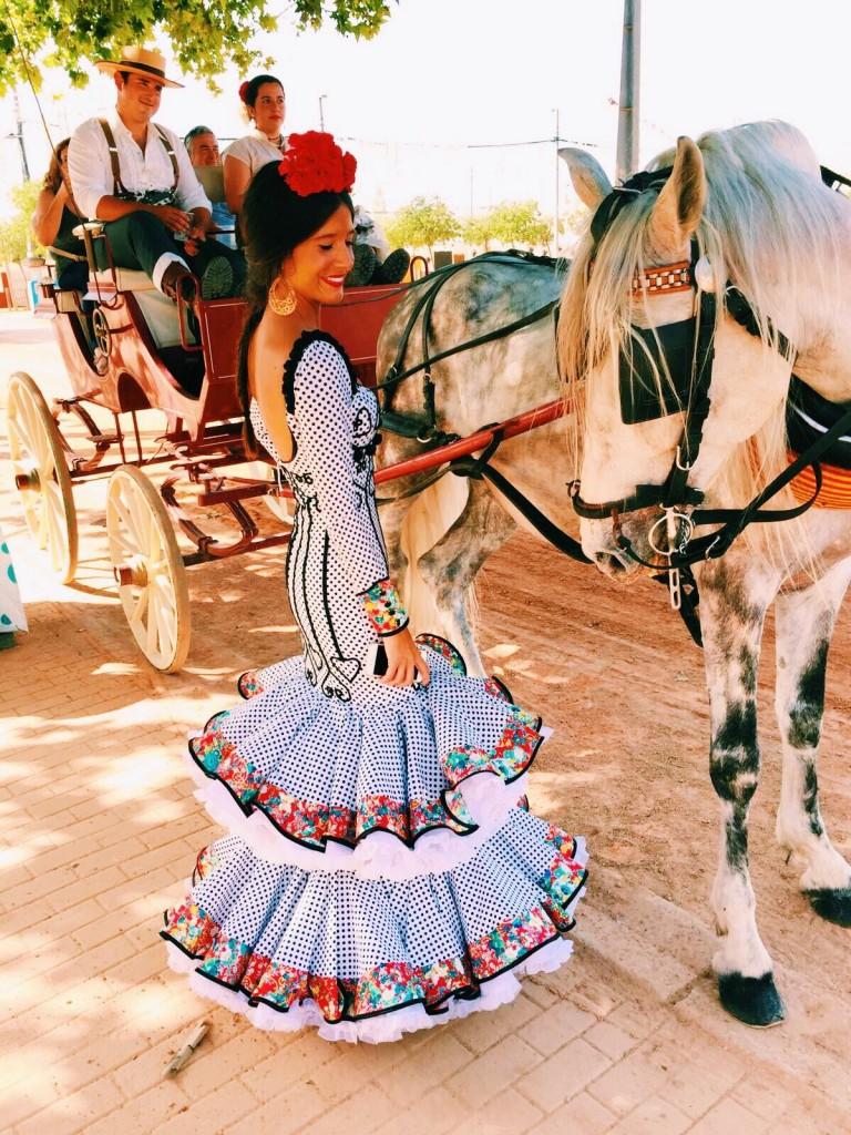 Flamencas en Feria 28 de mayo Feria Cordoba Pepa Mena
