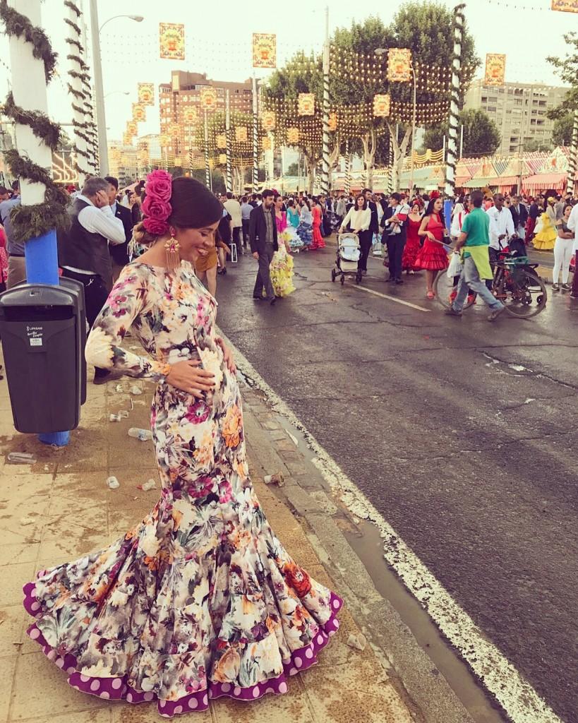 Flamencas en Feria 28 de mayo Feria Sevilla Laura Fuentes