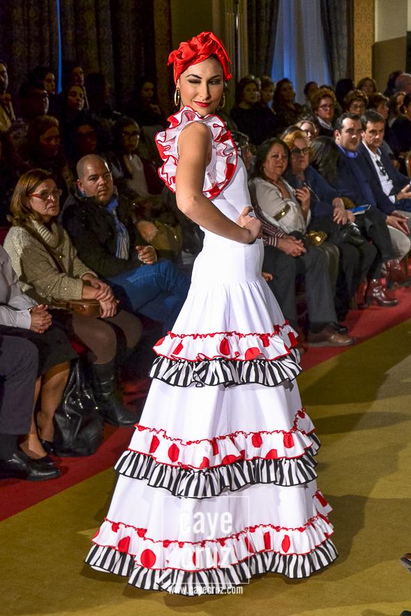 Moda Flamenca para el Rocío 2017 15