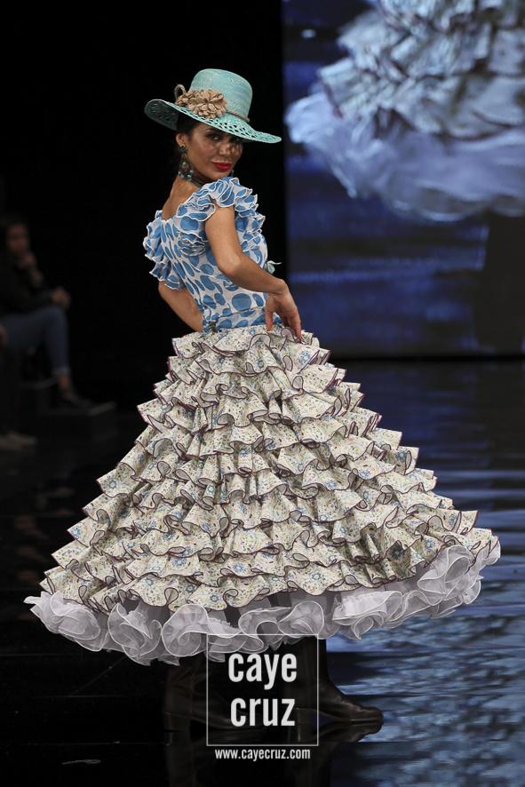 Moda Flamenca para el Rocío 2017 22
