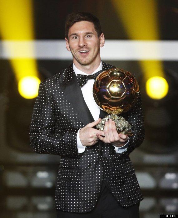 Messi se pone flamenco para recibir el balón de oro