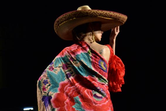 SIMOF 2013. Rocío Peralta: Universo de colores