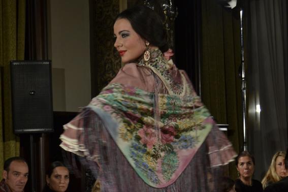 «Cíclica»: 20 años de Moda Flamenca para Ángeles Verano