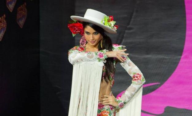 El «traje típico» de España en Miss Universo 2013