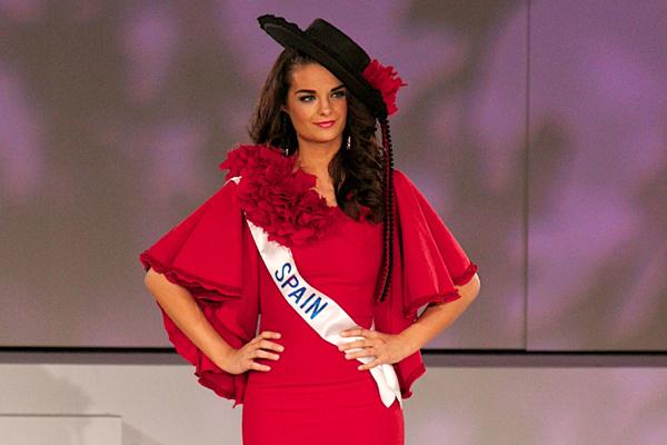 El traje de España en Miss Internacional 2014