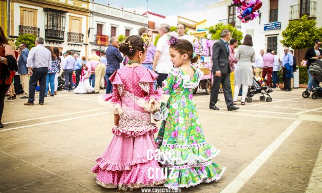 Flamencas en las Cruces de Rociana del Condado 2019