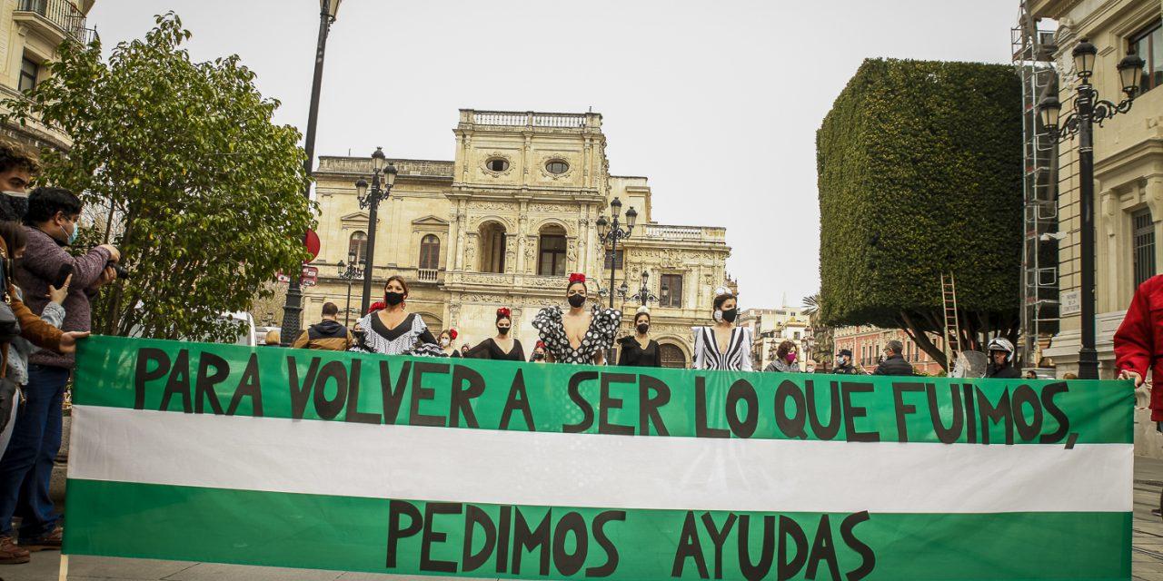 LUNAROFF: La moda flamenca sale de nuevo a la calle